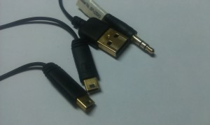 Genius 2.0 SP-i250G audio/charge cable